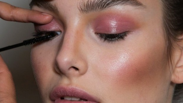 eye-makeup-pink-quartz-eye-make-up-with-eyeshadow-rose-quartz-to-make-up-620x350